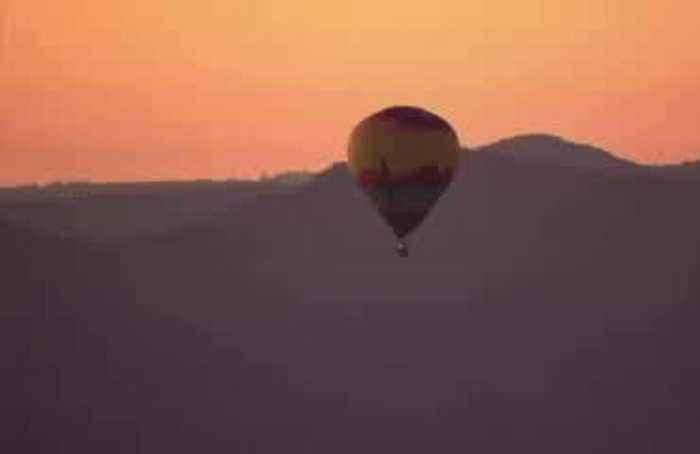 A balloon fiesta in the Albuquerque sky