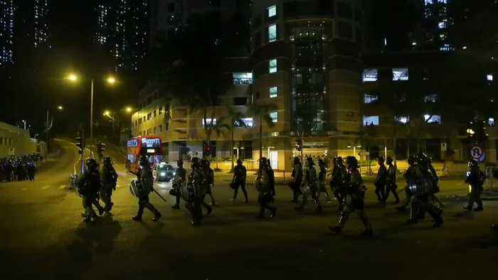 Calma tensa en Hong Kong cuando se cumple el cuarto mes de protestas