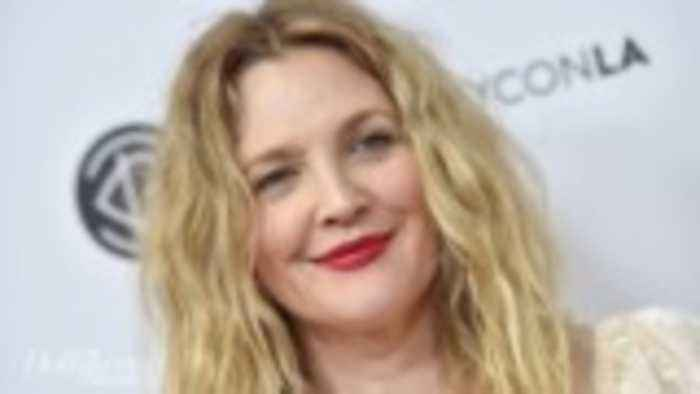 Drew Barrymore to Headline, Executive Produce Talk Show for CBS TV Distribution | THR News