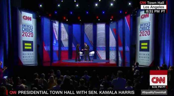 Kamala Harris lists her gender pronouns at CNN town hall