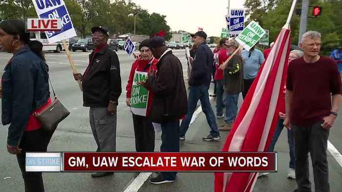 GM gives update to employees while UAW urges automaker to 'stop playing games'