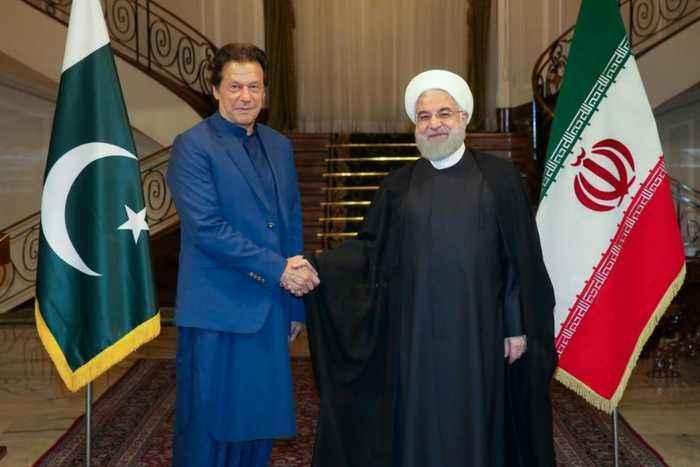 Imran Khan in Iran: Hopes to defuse Saudi tensions