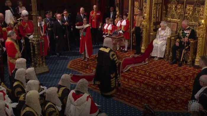 Queen's speech: Government's 'priority' is EU departure by 31 October