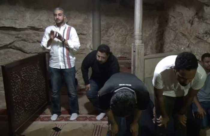 Saudi soccer team visits Jerusalem Muslim holy site