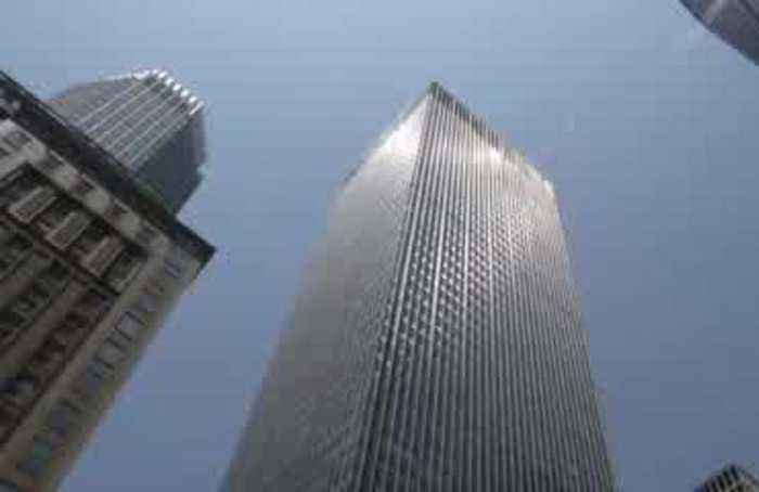 Big banks say U.S. consumers sturdy
