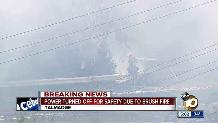 Talmadge brush fire forces power outage for 4,000 customers