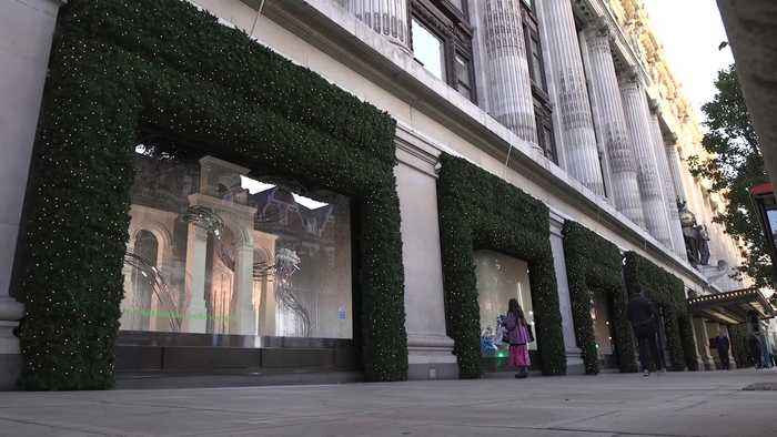 Selfridges unveils its Christmas window display
