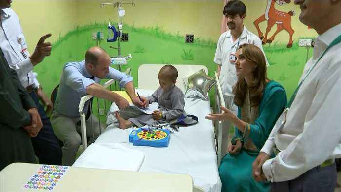 Prince William And Kate Middleton Visit Same Hospital As Princess Diana