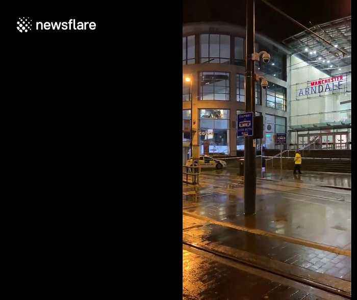 Heavy police presence at Manchester Arndale Centre after 'man with knife' arrested