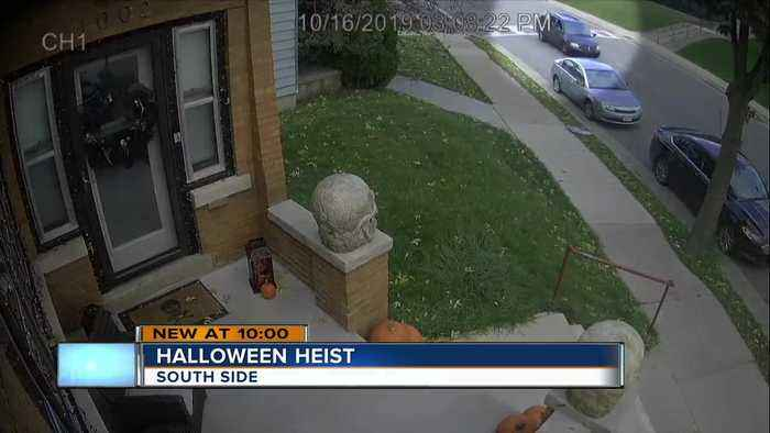 Thieves caught on camera stealing Halloween decorations on Milwaukee's south side