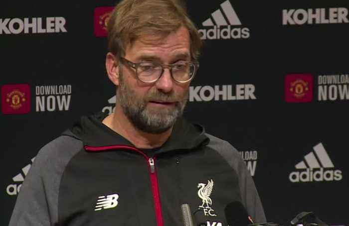 Liverpool winning streak ends with draw at United