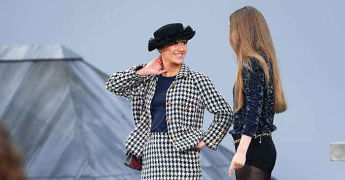 French Comedian Marie Beloniel Crashes Chanel Show At Paris Fashion Week
