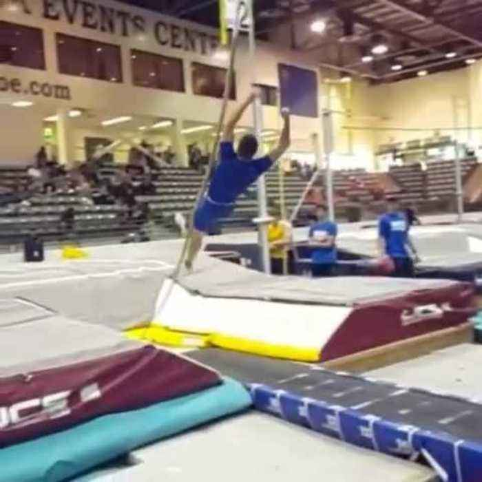 Guy Slips From Pole and Falls While Doing Pole Vault Jumping