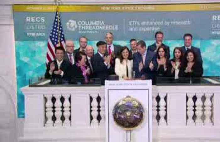 Trade hopes lift stocks but Boeing slumps