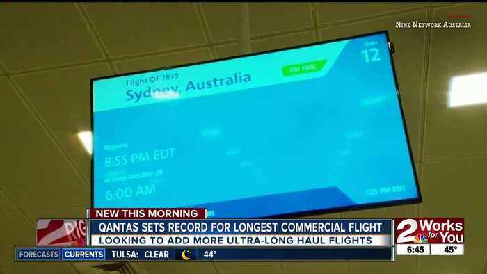 Qantas sets record for longest commercial flight