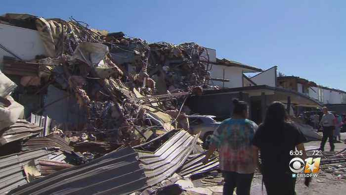 Dallas Residents Struggle With Aftermath Of North Texas Tornado
