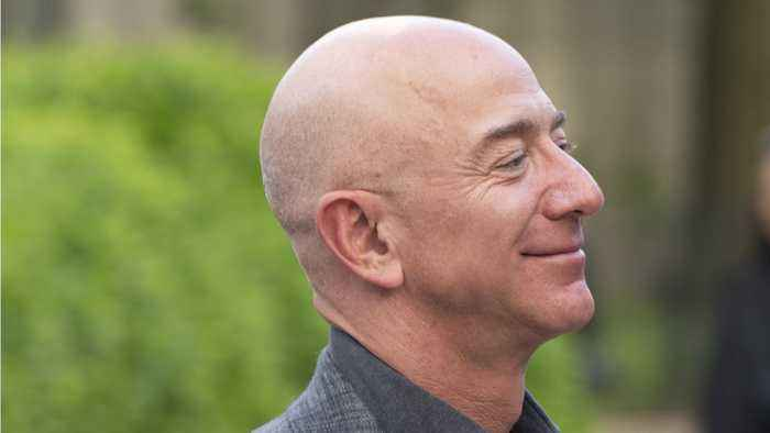 Jeff Bezos' Net Worth Falls