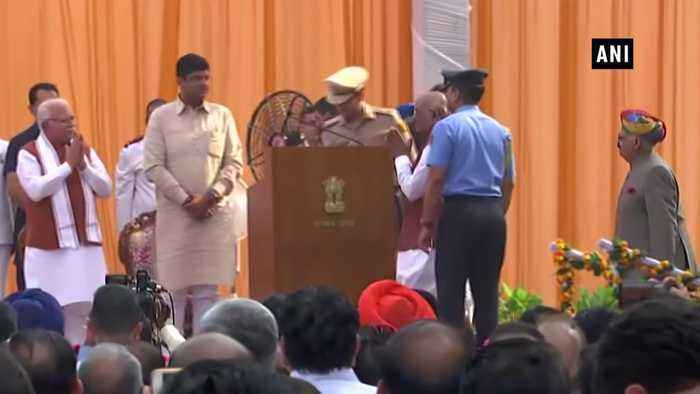 ML Khattar, Dushyant Chautala take oath as CM and Deputy CM of Haryana