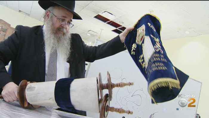 Jewish Community Turns To Torah Following Tree Of Life Tragedy