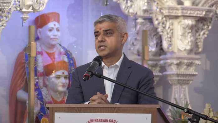 Sadiq Khan uses Diwali to spread Brexit hope