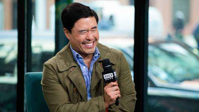 "Randall Park's Favorite Episode From ""Fresh Off the Boat"" Is The 'Fall Ball' Episode"