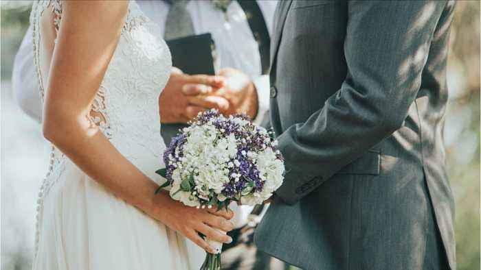 Five Reasons To Have A Simple Courthouse Wedding