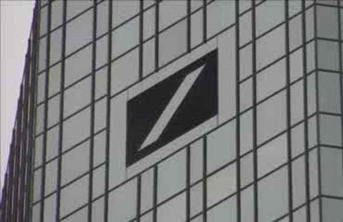 Deutsche Bank sets grim tone for Europe's banks