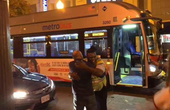 Bus driver goes Nats as Washington win the World Series