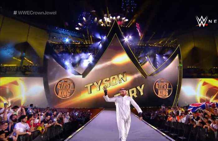 Fury makes WWE bow, women's fight featured on Saudi undercard