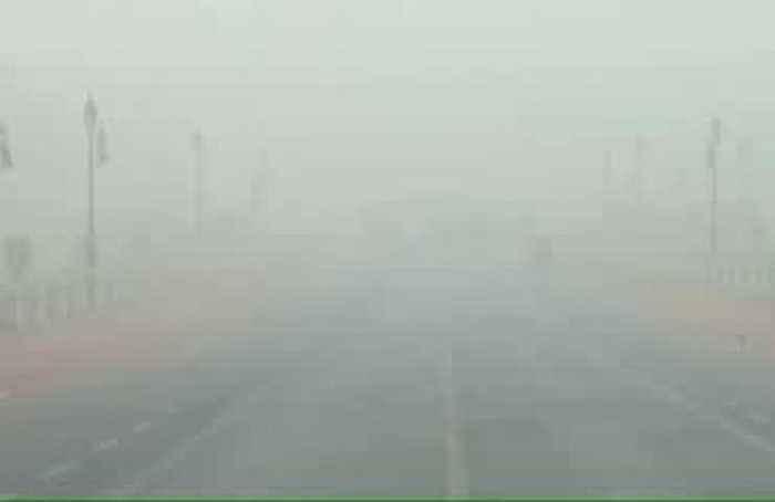 Delhi pollution 'like smoking 50 cigarettes a day'