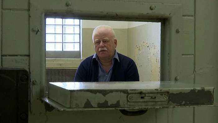 Watch: Former West German prisoner tells a Stasi love story