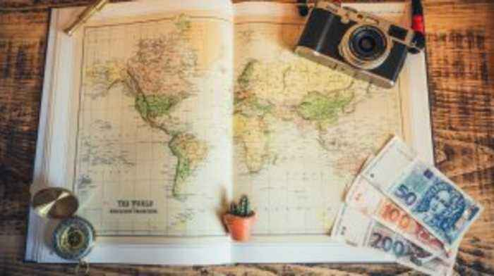 Traveling Abroad? Here are the Cheapest Ways to Exchange Currency