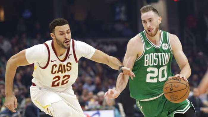 Gordon Hayward Goes to Work Against the Cavs