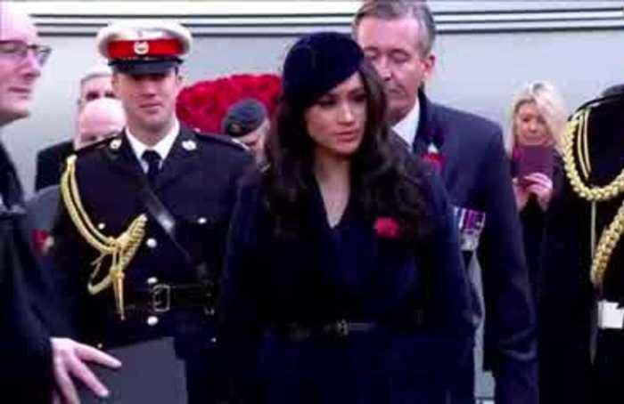 Meghan's first visit to Westminister Abbey's Field of Remembrance