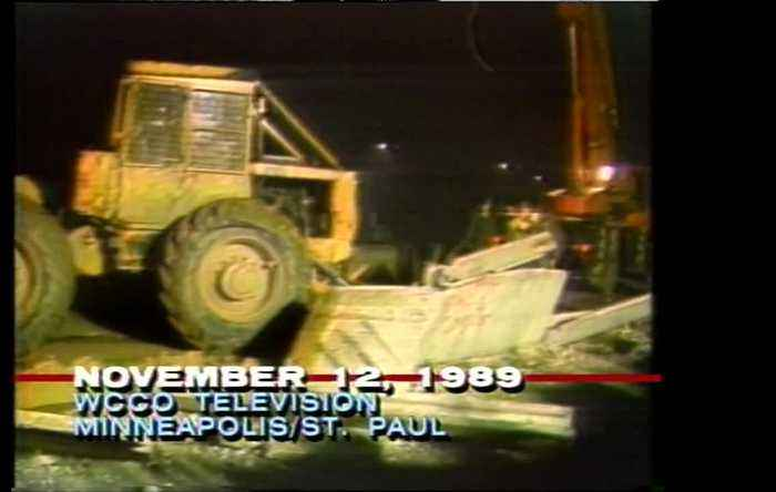 WCCO Archive: Fall Of Berlin Wall, As Aired 30 Years Ago