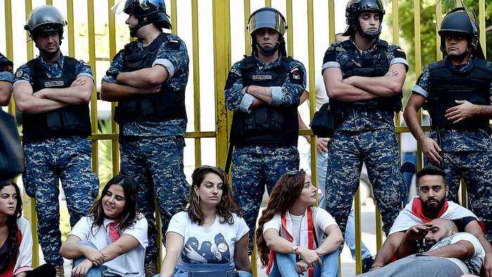 Lebanon protests: Crisis affecting fuel and medicine imports