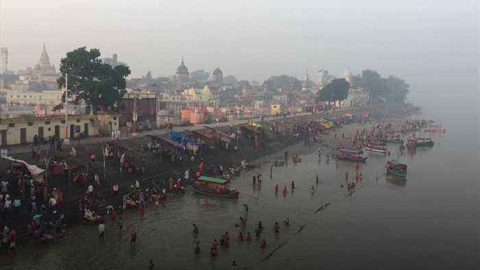 Ayodhya: Indian supreme court gives holy site to Hindus