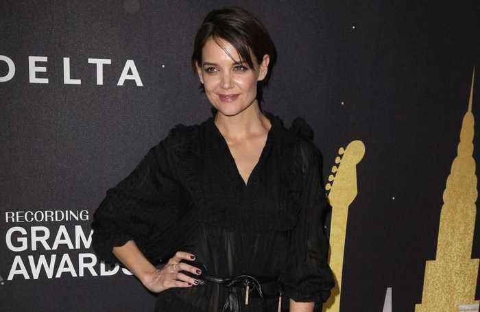 Katie Holmes enjoys exercising with her daughter