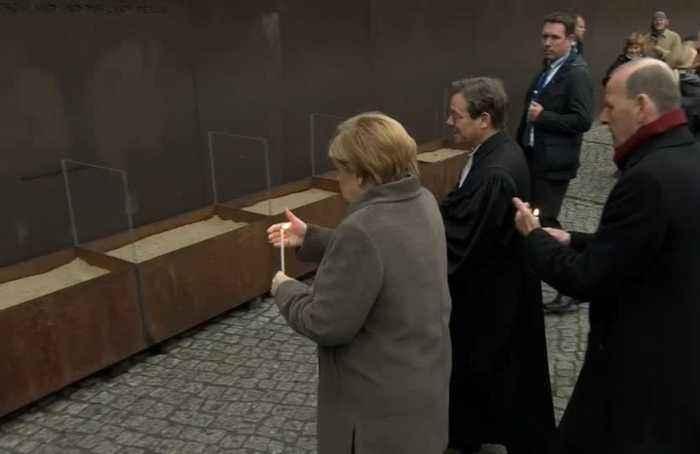 Merkel marks anniversary of Berlin Wall