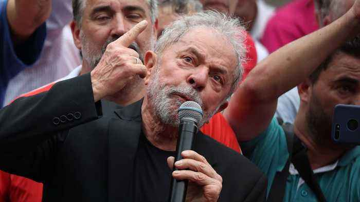 'I am back': Fresh from prison, Lula greets supporters