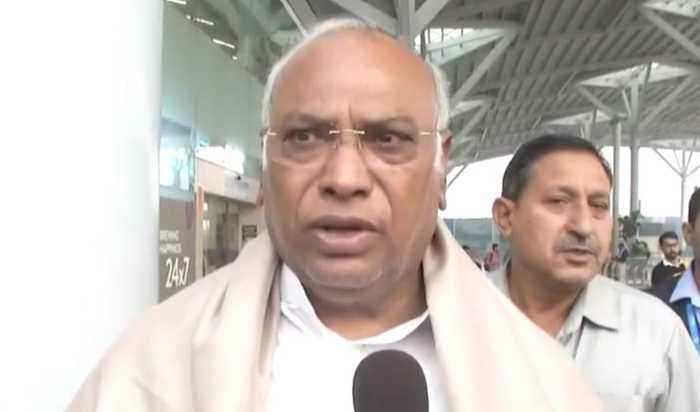 Maharashtra power tussle: Congress' original decision is to sit in opposition, says Kharge