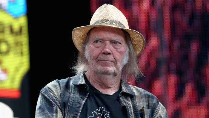Neil Young's U.S. citizenship application delayed due to marijuana use