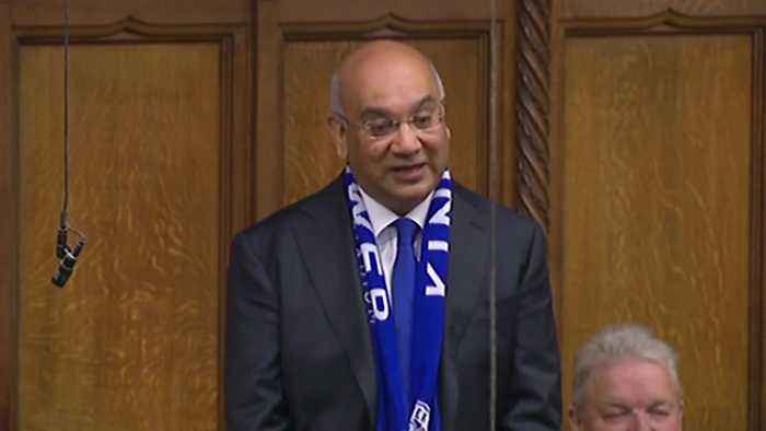 Keith Vaz will not stand for re-election amid suspension row