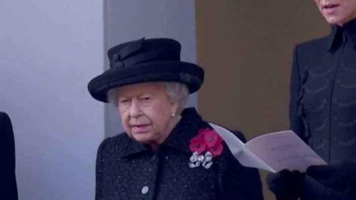 This is Why Queen Elizabeth Wears So Many Poppies on Remembrance Day