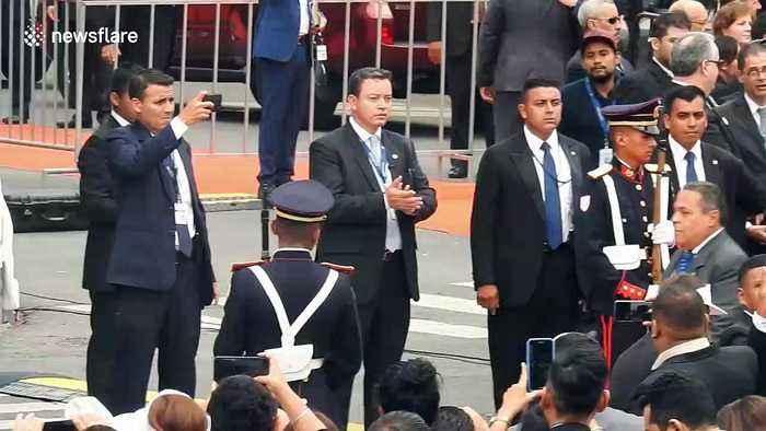 President of El Salvador hesitant to respond to Bolivian president's resignation
