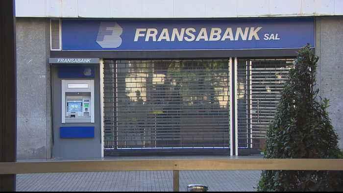 Lebanon banks remain closed