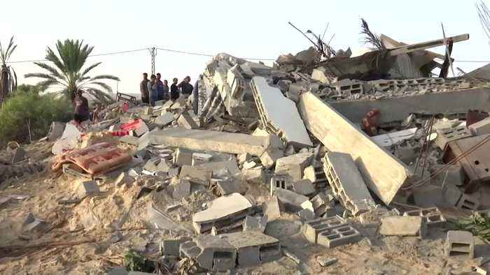 Palestinian hospital grapples with Israeli airstrikes