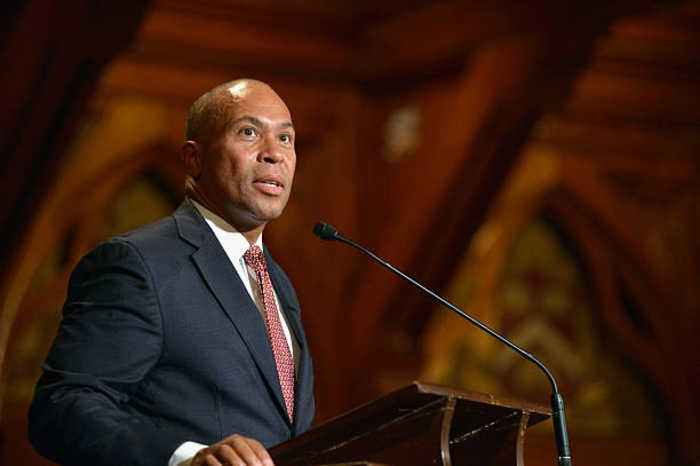 Former MA Gov Deval Patrick Announces Bid for 2020 Democratic Primary