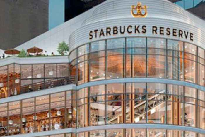 Largest Starbucks Store Ever Opens in Chicago