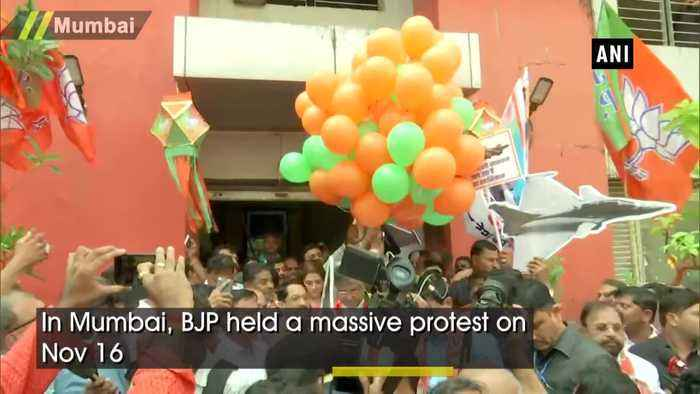 BJP protests in Mumbai demanding Rahul Gandhi apology after SC dismissed Rafale petition
